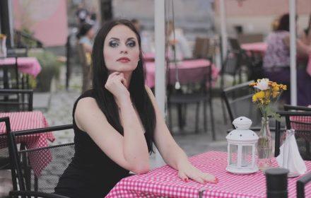 Imię i Nazwisko: Kamila Marzec  Miejscowość zamieszkania: Wieliczka  Wiek: 18  Wzrost: 175  Waga: 60  Wymiary biust: 95  Wymiary talia: 66  Wymiary biodra: 96